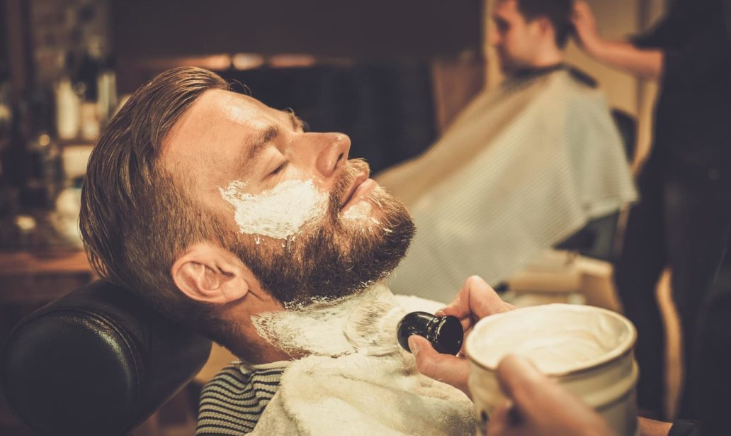 Man getting a wet shave