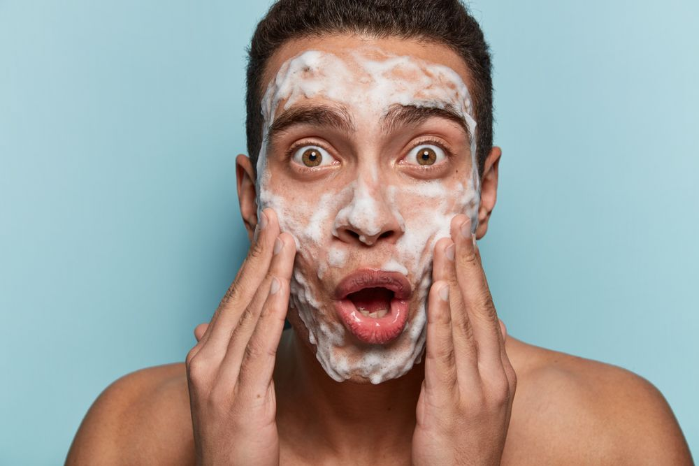 Face Wash for Men With Acne